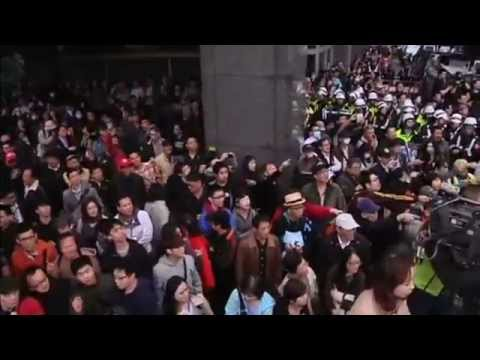 Taiwan police clash with students in protests over trade deal