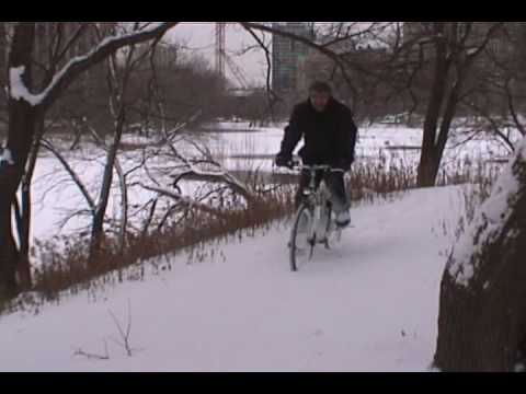 SANYO eneloop Electric Bike in the Chicago Snow Cycle Smithy