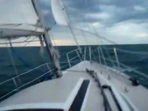 Catalina 30 in 30 knots