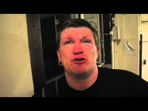 RICKY HATTON MBE TALKS KELL BROOK v SHAWN PORTER / SCOTTS MENSWEAR WITH iFL TV