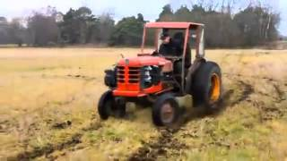 Old Tractor Going Top Speed!
