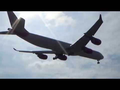 Virgin Atlantic Airbus A340-642 (G-VEIL) Landing in Los Angeles International Airport.