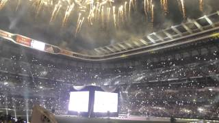 "Fuegos artificiales en el Bernabéu mientras suena ""We are the Champios"""
