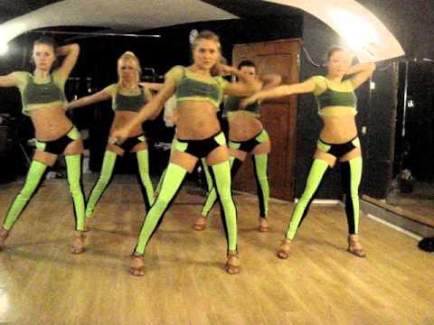 go-go dance with Julia / репа