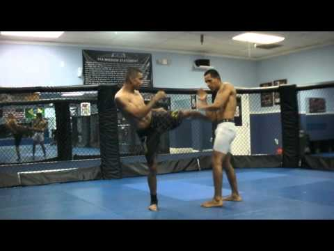 Muay Thai & Kickboxing drills for defense and offense by Edir