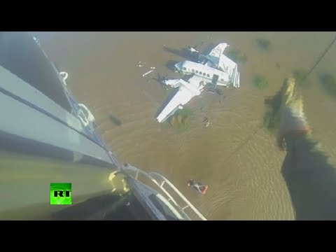 Dramatic rescue video: Argentina plane crashes in river, several killed