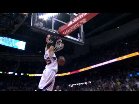 Kyle Korver dunks AGAIN