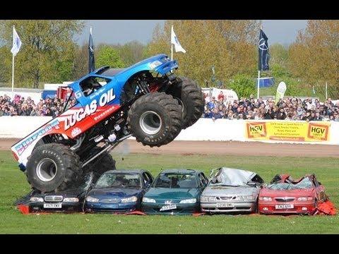 Truckfest Bigfoot Monster Truck Car Jump Youtube