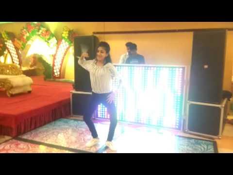 download lagu Kala Chashma  Katrina Kaif Siddharth Malhotra Baar Baar gratis