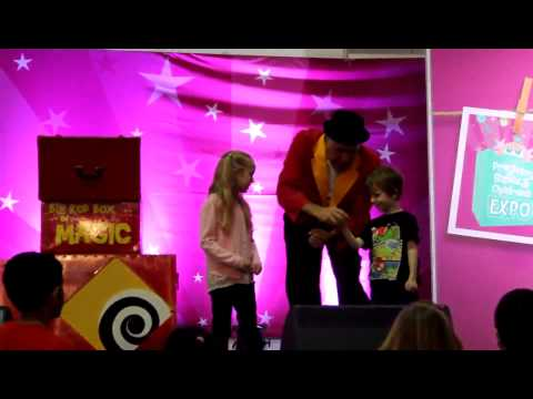 Brisbane Magician for Kids Party Entertainment Greater Brisbane Gold Coast