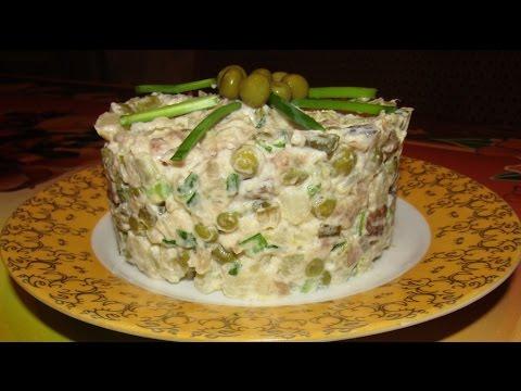 Постный салат со скумбрией