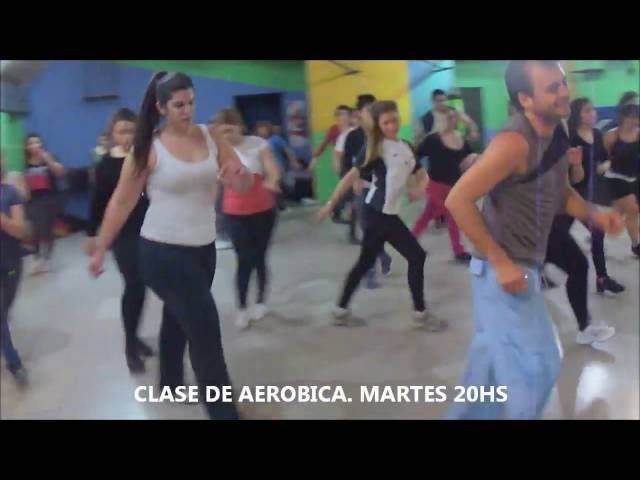 CLASES DE AEROBICA Y STEP. Escuela interval.