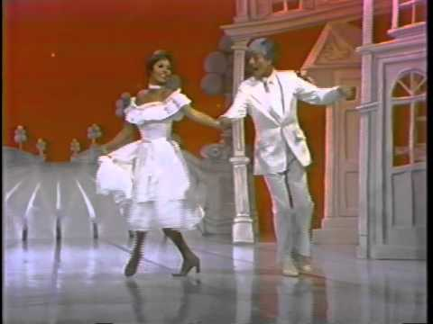 The Mary Tyler Moore Hour feat. Dick Van Dyke (Part 6)
