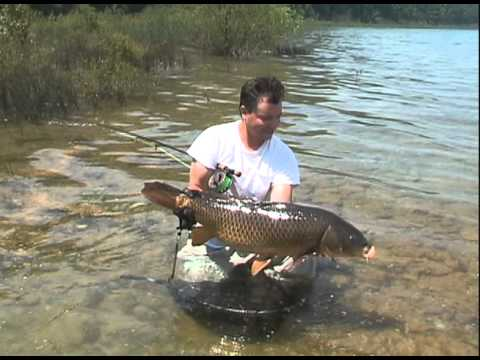 Fly fishing for great lakes carp youtube for Fly fishing carp