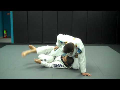 Deep Half Guard Pendulum Sweep - Learn to Grapple Image 1