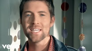 Watch Josh Turner Why Dont We Just Dance video