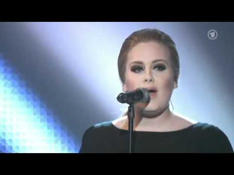 Adele - Rolling In The Deep @ Echo 2011