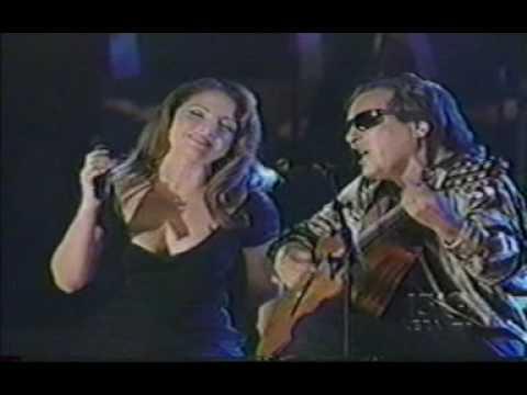Gloria Estefan - Tengo que decirte algo