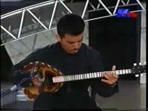 Zoro Seîd Yûsiv - Bouzouk / بزق- زورو يوسف /MTV 1999 Music Videos