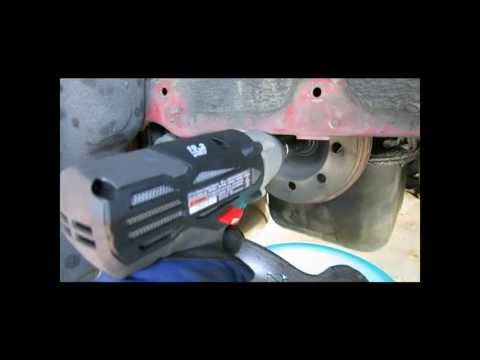 Impact Wrench Comparison - Removing crank pulley bolt from a Honda Civic VX