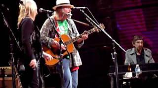Neil Young- Comes A Time @ Farm Aid 2009