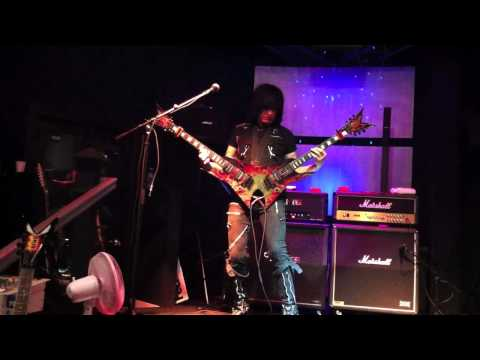 Michael Angelo Batio - Double Guitar Solo in HD!