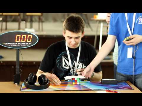 Watch European Record Rubik's 3x3 Cube Solve