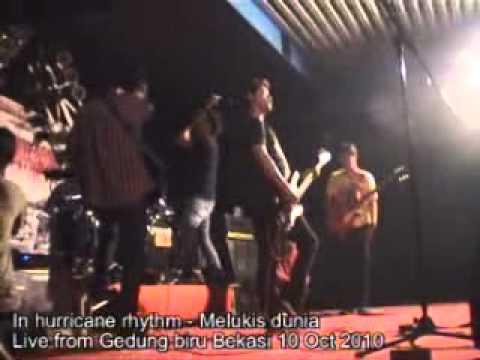 In hurricane rhythm - Obsesi dan ceritaMelukis duniaMy empty...