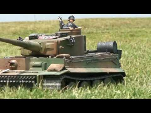 BATTLE TANKS! RC TANKS on the field! 1:16 Scale by TAMIYA