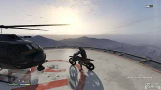 GTA 5 - Moon Gravity Dirt Bike Fail (w/ commentary)