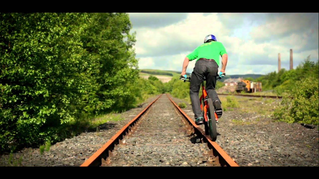 Bike Tricks Danny Macaskill Concrete Circus Danny