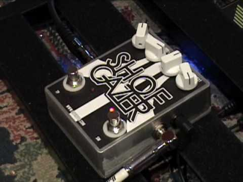 Devi-Ever Shoegazer fuzz guitar effects pedal demo with Stratocaster
