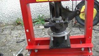 Homemade shop press removing front wheel bearings for Costruire pressa idraulica