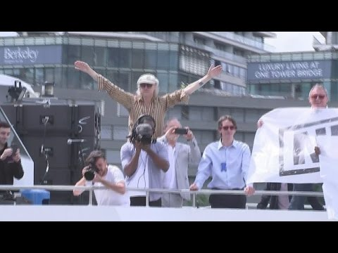 Farage and Geldof go head to head on the Thames