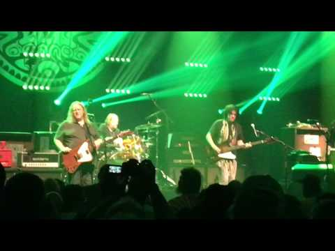 Gov't Mule - How Many More Years ? - Tower Theater 2017