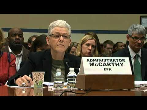 Gov. Snyder, EPA administrator testifying on Flint water crisis