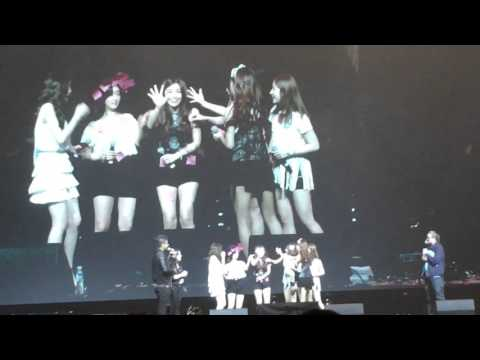 [Fancam] Apink's Pink Memory Day in Singapore - Post it note game