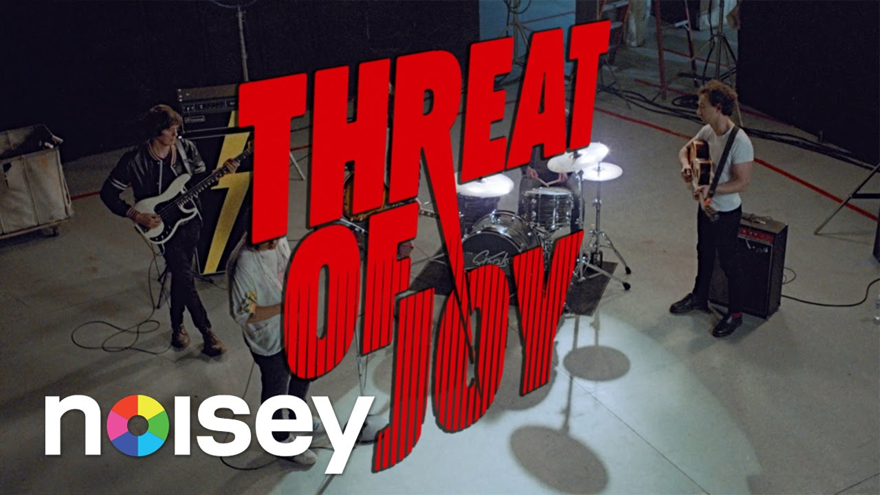 """The Strokes - """"Threat of Joy"""" (OFFICIAL MUSIC VIDEO)"""