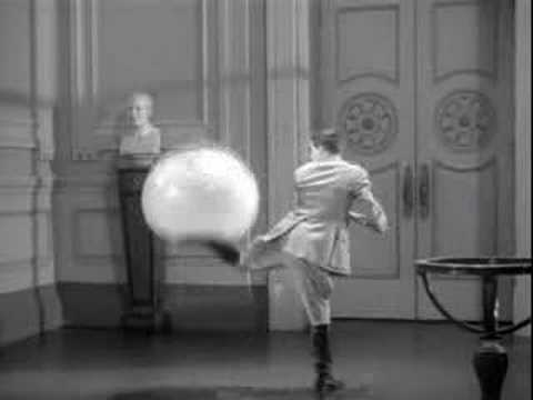 The Great Dictator- Globe Scene video