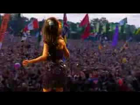 Amy Winehouse Tears dry on their own (glastonbury 2008)