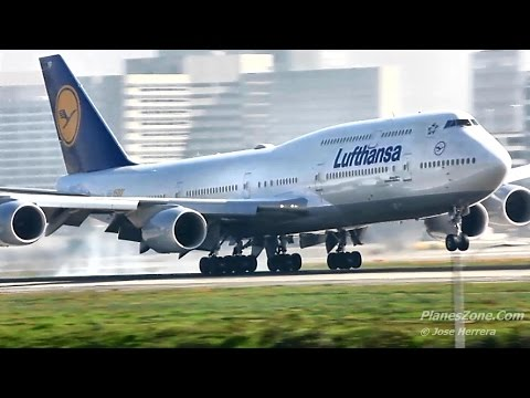 Lufthansa Airlines 1500th Boeing 747 Landing at LAX