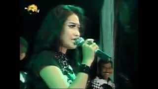 download lagu Om Moneta - Keranda Cinta - Lusiana Safara gratis