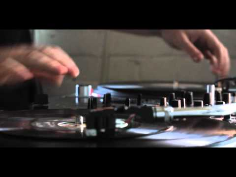 Skratch Bastid - Pink Floyd meets P-Funk - Another Brick in the Wall/Flashlight routine