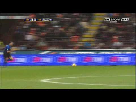Cambiasso skill vs Torino