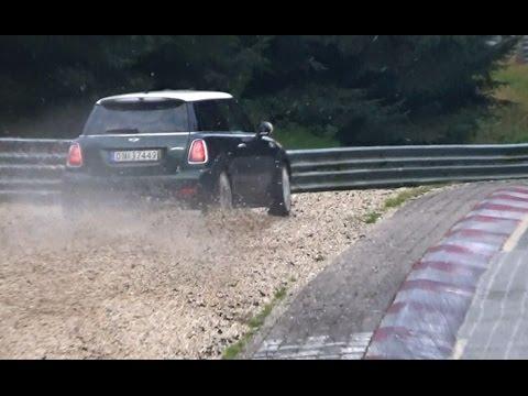 Highlights Nordschleife BIG CRASH, Almost Crash & Action, Rollover 09.10.16 Nordschleife