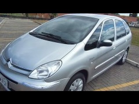 Citroen Xsara Picasso Exclusive 1.6 - 2010 Test Drive (2)