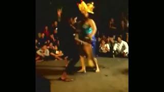 Goyangan Hot bikin Tegang - Tari Bumbungan Bali Goyang Erotis