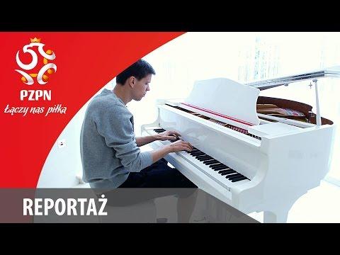 Wojciech Szczęsny Gra Na Fortepianie/ Wojciech Szczesny Plays The Piano