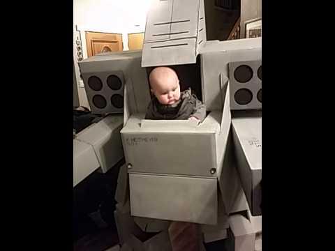 ハロウィンでロボットパワードスーツのコスプレがカッコ良過ぎ。