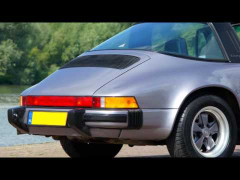 Porsche 911 Carrera 3.2 Targa (1988 commemorative edition)